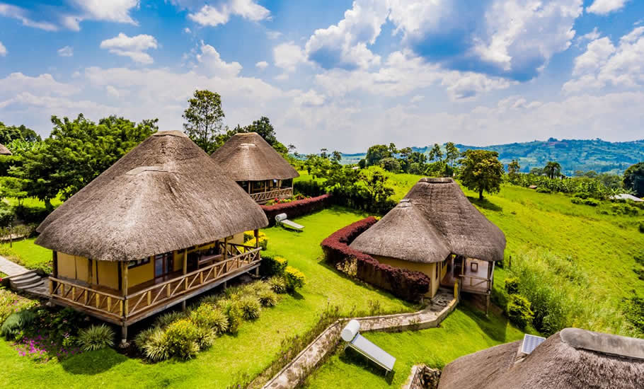 Where to stay at Kibale National Park?